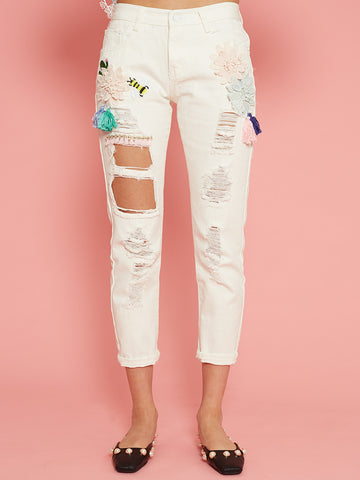Antoinette White Cropped Jeans with Patches and Frayed Details