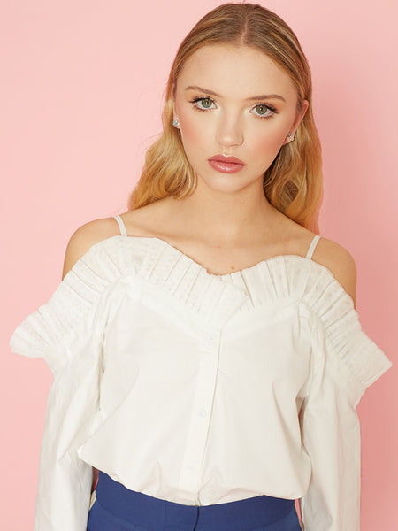 Dahlia Neneh White Fluted Sleeve Top with Netted Frill At Neckline