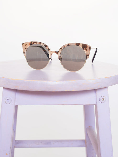 Dahlia Tort Plastic Brow Bar Sunglasses with Pink Mirrored Lenses