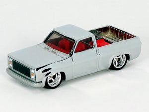 House Of 164 - Diecast - 83 Chevy Silverado - Metal Base
