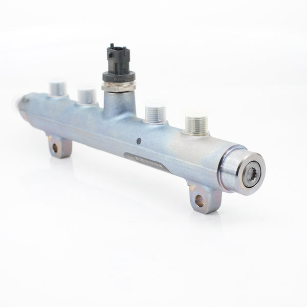 2004.5-2005 6.6L GM Duramax LLY High Pressure Fuel Rail (Right Hand) - Diesel Parts Canada