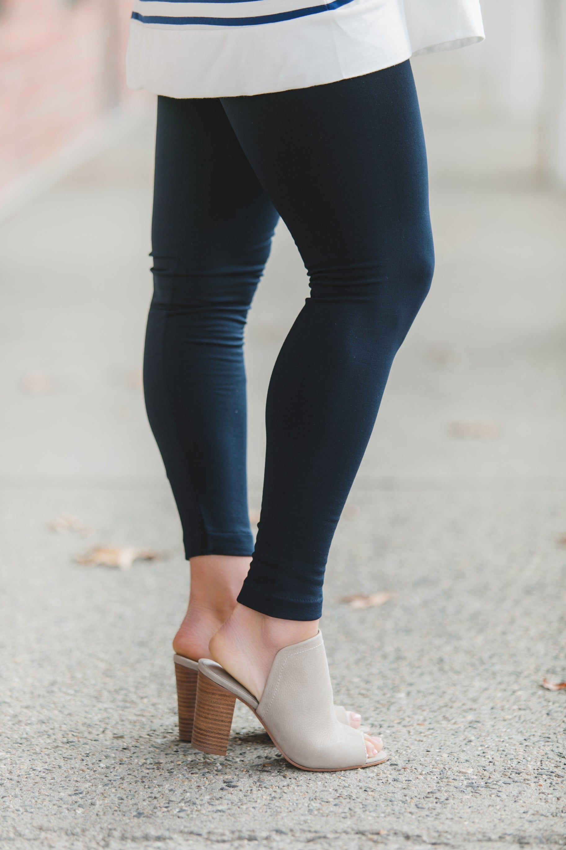 Premiere Thick Waist Navy Leggings