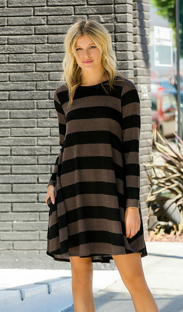 Stop And Stare Dress - Mocha, Black
