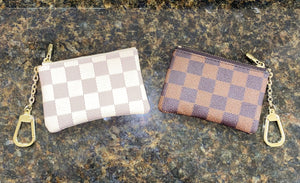 London Checkered Wallet Keychain