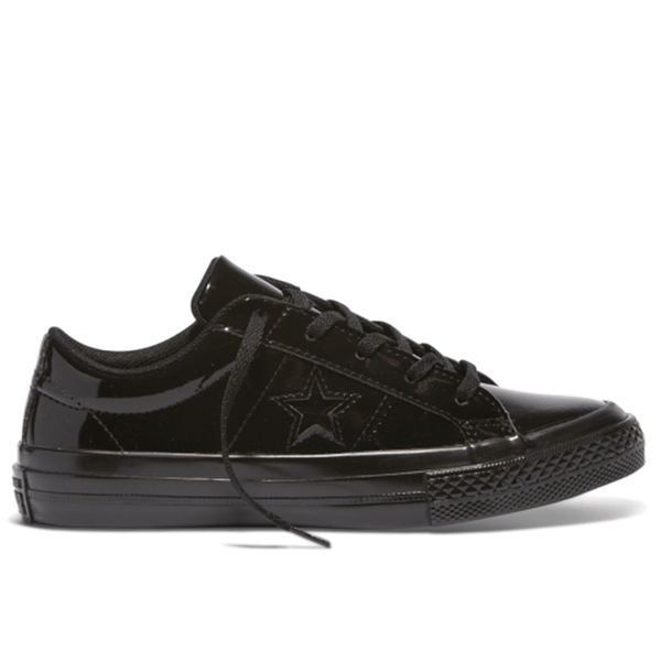 Converse One Star in patent leather in black