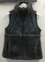 Load image into Gallery viewer, DYLAN Powder-Puff Vest