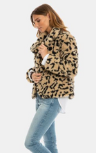 Load image into Gallery viewer, DYLAN Wylder Jacket
