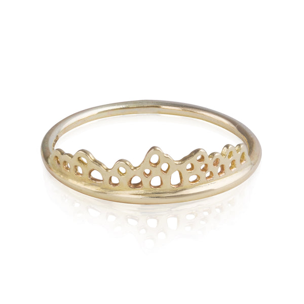 9ct Lace Edge Topper Ring