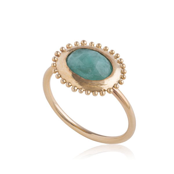 Grain Edge Emerald Ring in Gold