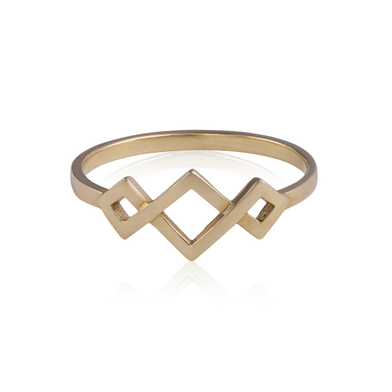Tapered Ternary Ring
