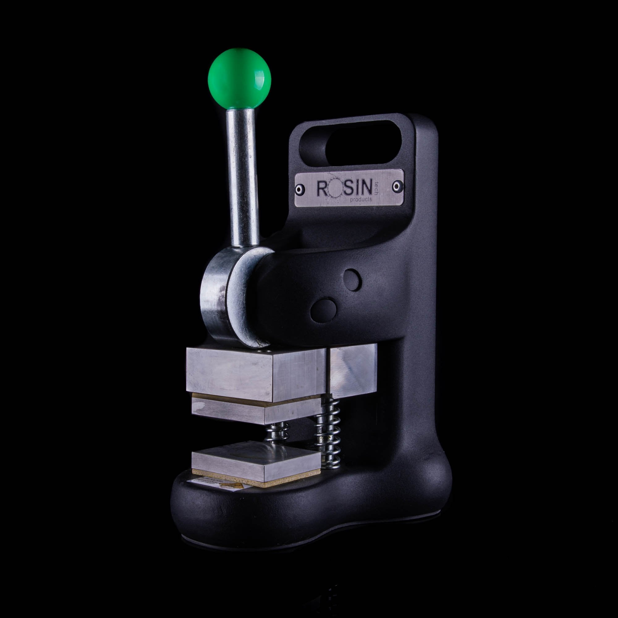 rosin tech go 2 portable rosin press offers intuitive controls perfect for beginners