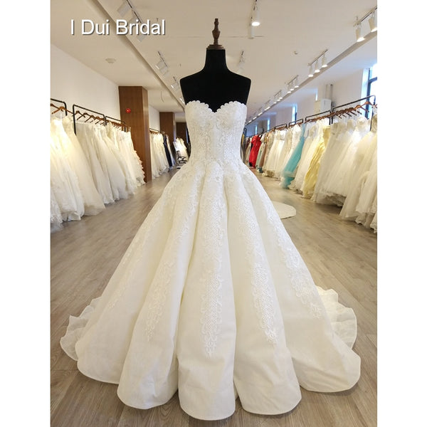 Sweetheart 2018 New Wedding Dresses Ball Gown High Quality Lace Appliqued Royal Luxury Bridal Gown