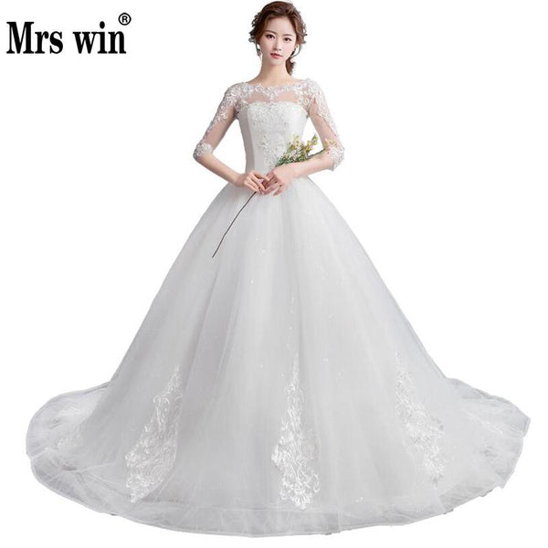 Vintage Sexy Lace Wedding Dress Half Sleeve O Neck Princess Long Tail Ball Gown Wedding Dresses Lace Up China Bridal Gowns