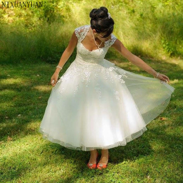 Short Wedding Dresses A Line White Tulle Vintage Sweetheart Wedding Gown Lace Tea Length Free Shipping Bridal Gowns 2019