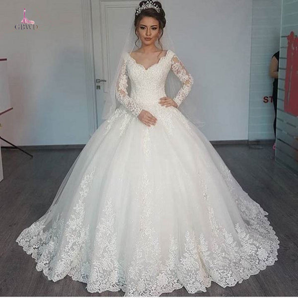 2019 New Vestido de Noiva Ball Gown Wedding Dress white Vintage Long Sleeves V Neck Lace  Bride Dress Wedding Gown