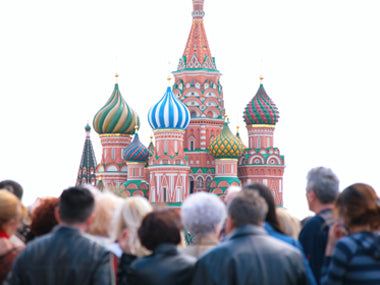 5 Ways To Avoid Crowds When You Travel Moscow people attraction