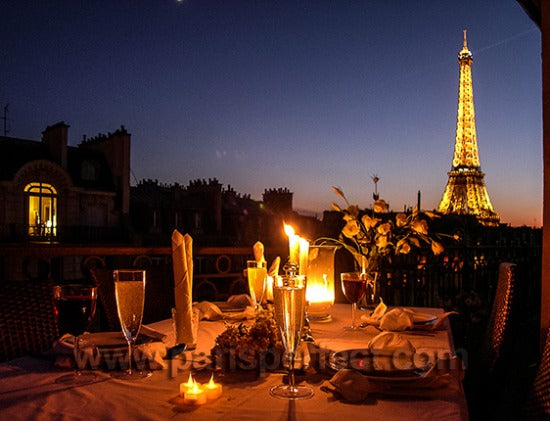 9-Dinner-in-Paris-with-Eiffel-view_webwk