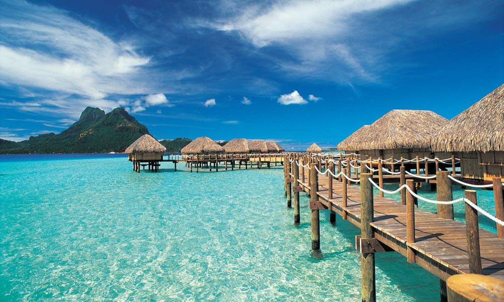 BOBPBR_Overwater_Bungalows_1000x600_29546