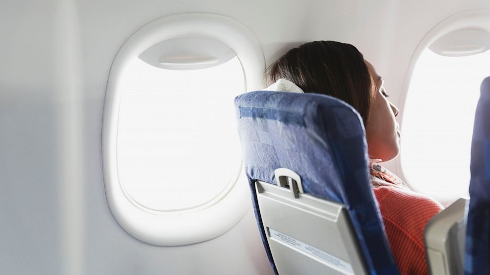 comfortable clothing on flight travel hacks