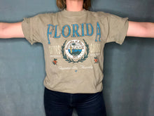 Load image into Gallery viewer, Vintage University of Florida Gators Old Logo TSHIRT - M