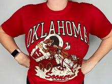Load image into Gallery viewer, Vintage 1980s University of Oklahoma OU Sooners TSHIRT - XS/S