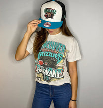 Load image into Gallery viewer, Vintage 1994 Vancouver Grizzlies Inaugural Season TSHIRT - Youth Large / Adult XS