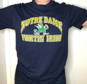 Vintage Late 80s-early 90s Notre Dame Fightin Irish Logo 7 TSHIRT - S