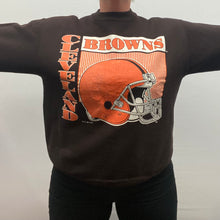 Load image into Gallery viewer, Vintage 1991 Cleveland Browns Crew from Logo 7 - L