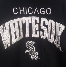 Load image into Gallery viewer, Chicago White Sox Sewn Crewneck - L - Rad Max Vintage