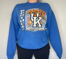Load image into Gallery viewer, Vintage 1989-1994 University of Kentucky Wildcats OLD LOGO Crew - L/XL