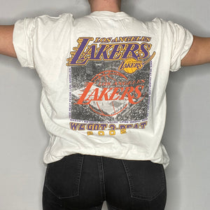 Vintage 2002 Los Angeles LA Lakers Three Peat Champions Double-Sided TSHIRT - XL