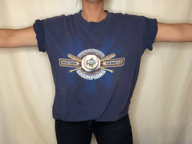 Vintage 1998 New York Yankees World Series Champs Double-Sided TSHIRT - XL