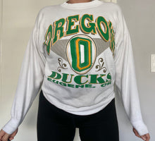 Load image into Gallery viewer, Vintage Oregon Ducks Eugene, OR Crew - M