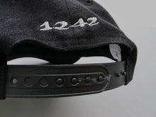 Load image into Gallery viewer, OAKLEY 90'S STRAPBACK CAP