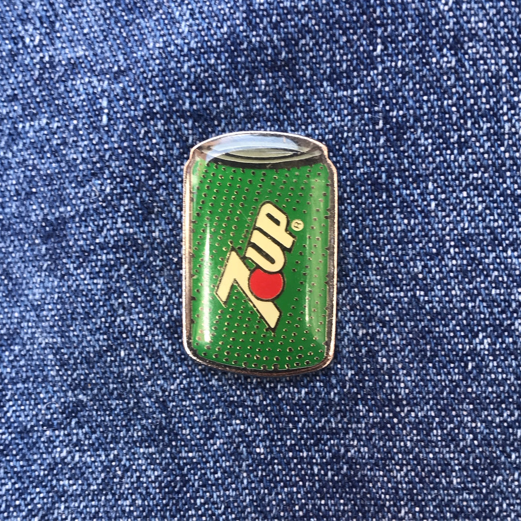 7UP CAN 80'S PIN
