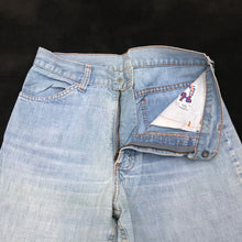 Load image into Gallery viewer, LEVI'S W28 70'S BELL BOTTOM JEANS