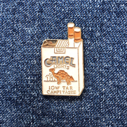 CAMEL CIGARETTE PACK 90'S PIN