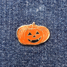 Load image into Gallery viewer, JACK-O'-LANTERN PUMPKIN 90'S PIN