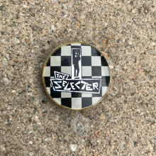 Load image into Gallery viewer, THE SELECTER 80'S PIN BADGE