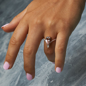 Pear-Cut 1.86 Carat Morganite & Round Diamond Ring