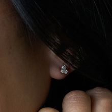 "Load image into Gallery viewer, Round Diamond ""3 Cluster"" Ear Studs"