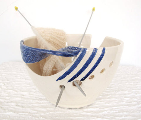 Blue Twisted Leaf Ceramic Yarn Holder Bowl, Knitting Bowl, Dots, Fresh White POTTERY