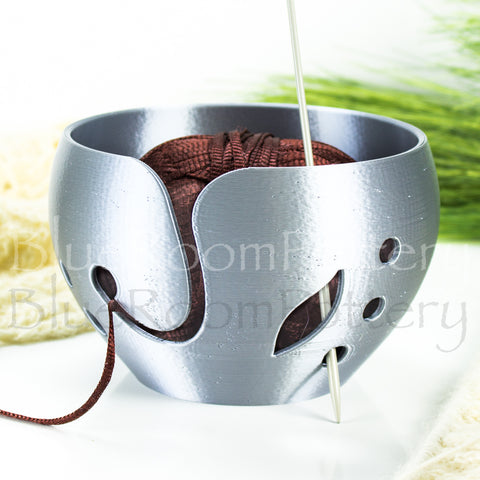 Silver Yarn bowl w/ leaf, Regular Knitting Bowl, 3D printed eco friendly plastic Travel Crochet bowl