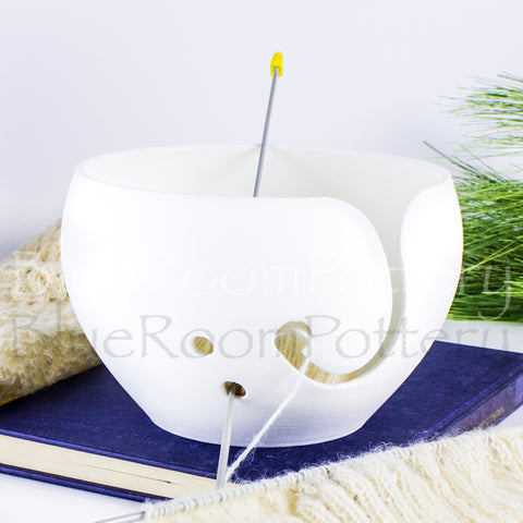 Big cake White Yarn bowl, leaf Knitting Bowl 3D printed eco friendly plastic Travel Crochet bowl knitter gifts