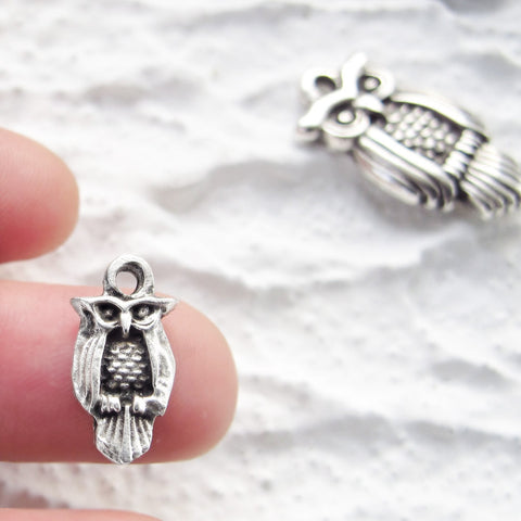 Antique silver plate Greek Owl Mykonos Casting 13mm Metal Charm Pendant DIY jewelry craft supplies (2 pieces)
