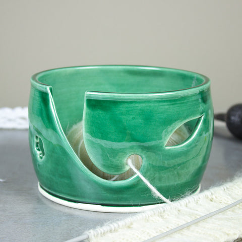 Ceramic Yarn Bowl Emerald Green, Wheel Thrown knitting bowl