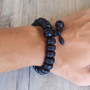 HAND-CARVED PEACHWOOD MALAS TIBETAN BUDDHIST PRAYER BRACELET