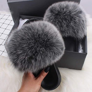 THE GORGEOUS LADIES FLUFFY SLIDES™ LIMITED STOCK! - GenieMania Fr