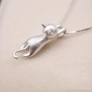 Hanging Cat Necklace - GenieMania Fr