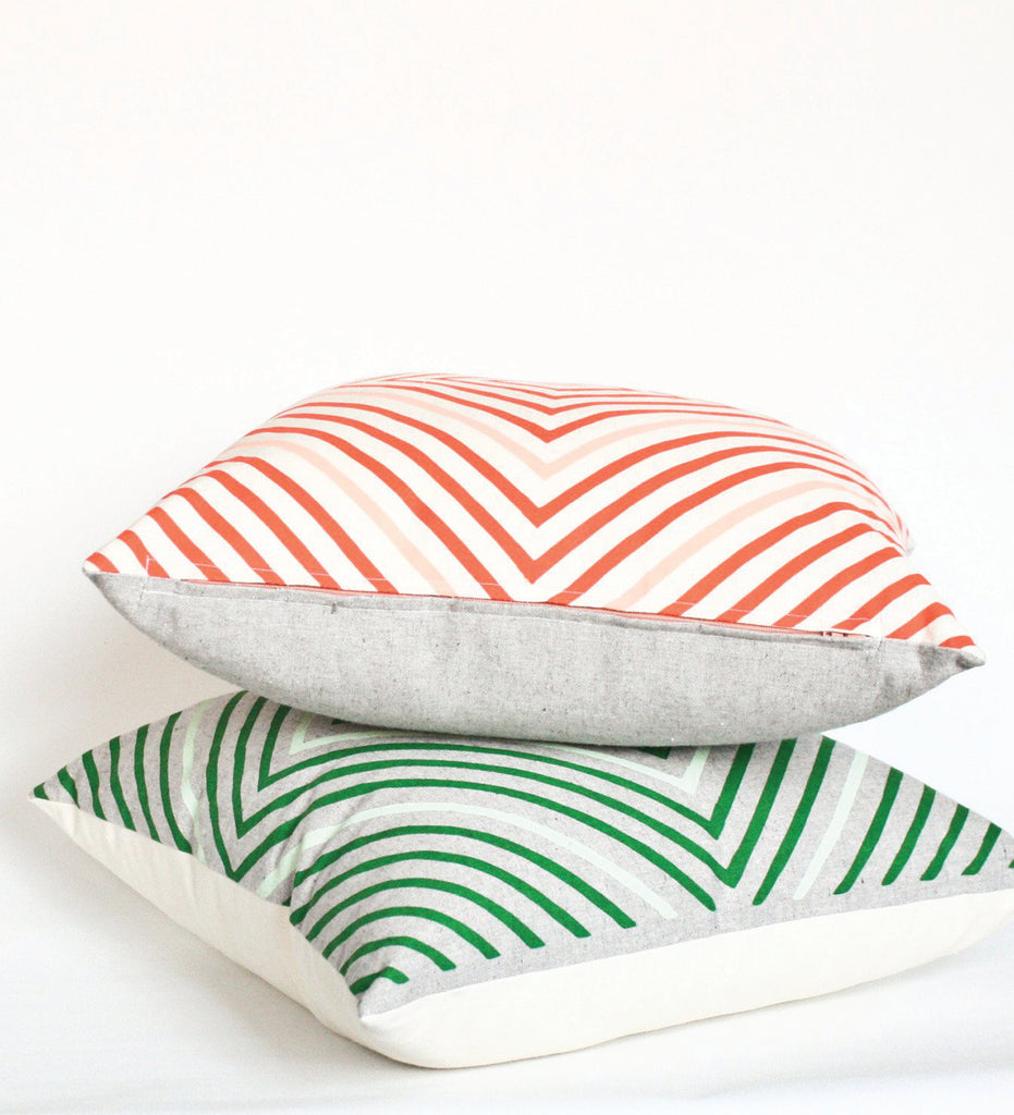 It's Concentric! - kelly green - pillow case